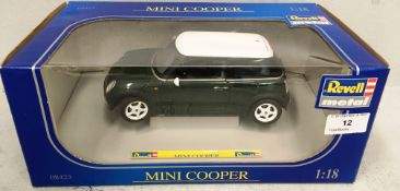 Revell 1/18 scale die cast metal model of Mini Cooper (boxed)