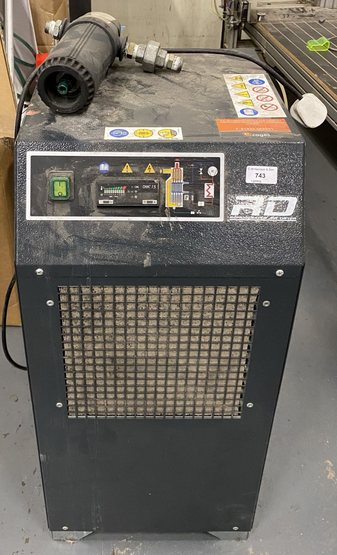 An RD refrigerated air dryer