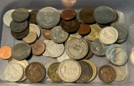 Contents to tub - Italian lira coins,