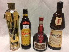 4 x assorted bottles of liqueurs - 1 x 7