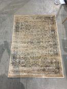 A Safavieh Vintage 493 rug - 4' x 5'7