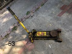 Trolley jack, yellow. Stored near Gorleston, Norfolk No VAT on this item.