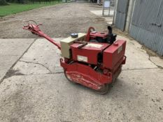 Twin Drum Pedestrian Vibrating Roller Kubota Water Cooled Engine,