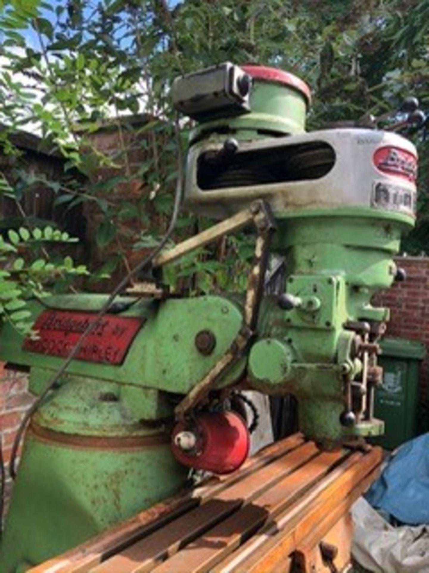 Lot 37 - Bridgeport milling machine. Unknown if working, not tested.