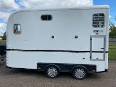 Equitrek Show Trekka M horse trailer with front window, carries two 16.