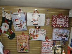 8141 - Surprises Greeting Cards, Cottingham