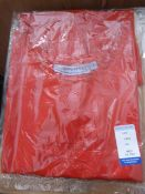 *40 Size: M Red Aprons