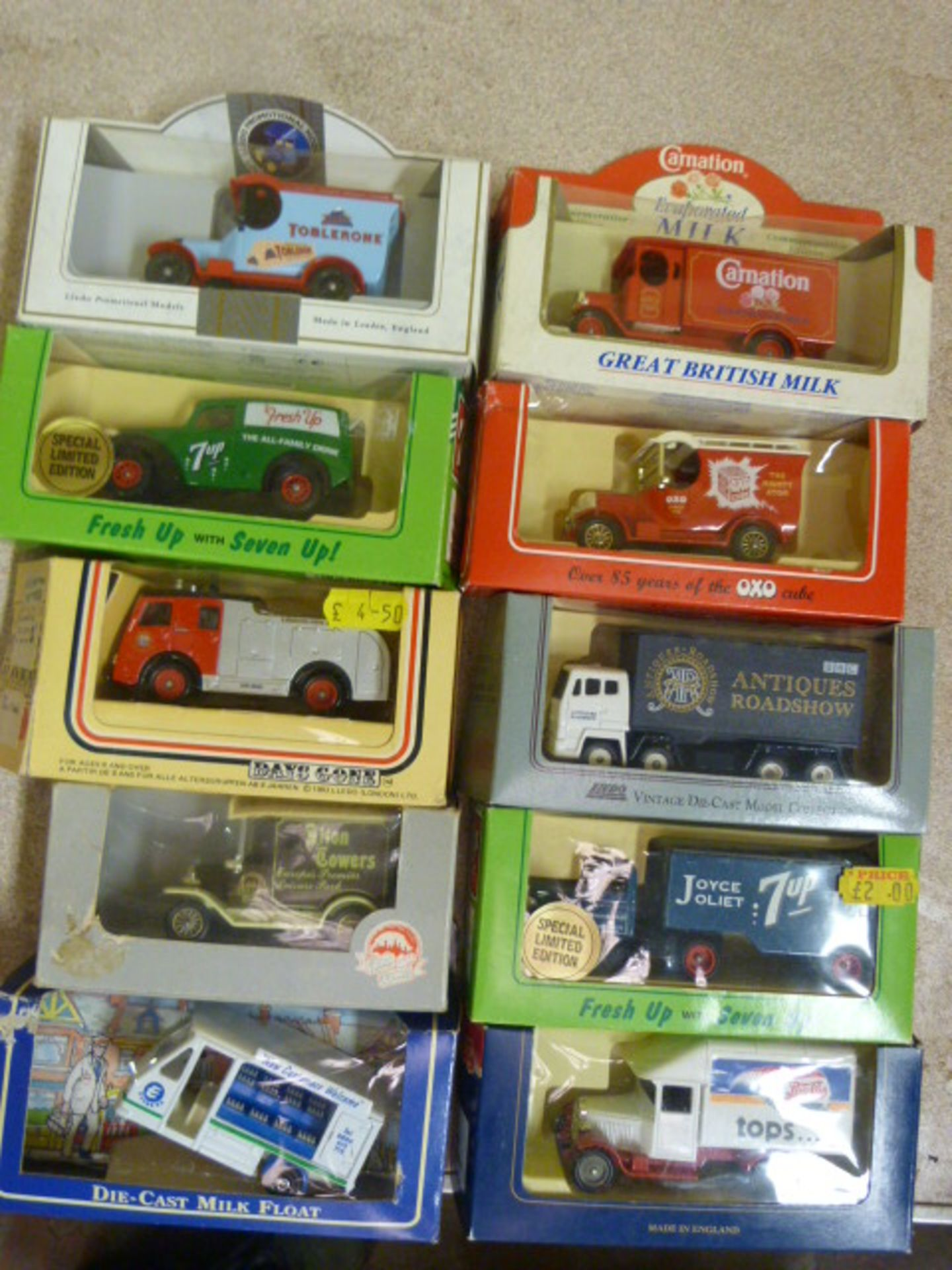 Lot 656 - Ten Model Vintage Vehicles