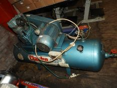 *Clarke Air Single Phase Compressor Mounted on Rec