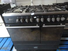 Oven with Six Ring Gas Hob