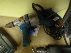 Wolf 3684 500w Drill and Silverline Chuck Key