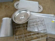 *Box of Baking Trays, Platters, Gastro Lids, Jugs,