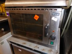 *Lincat tabletop 240W electric oven from a national chain. (560Wx560Dx350H)