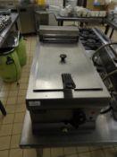*Lincat Countertop Single Basket, Single Compartment Fryer DF33