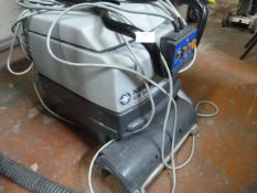Nilfisk CA340 Cleaner