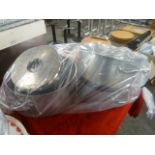 *large cooking pans x 4