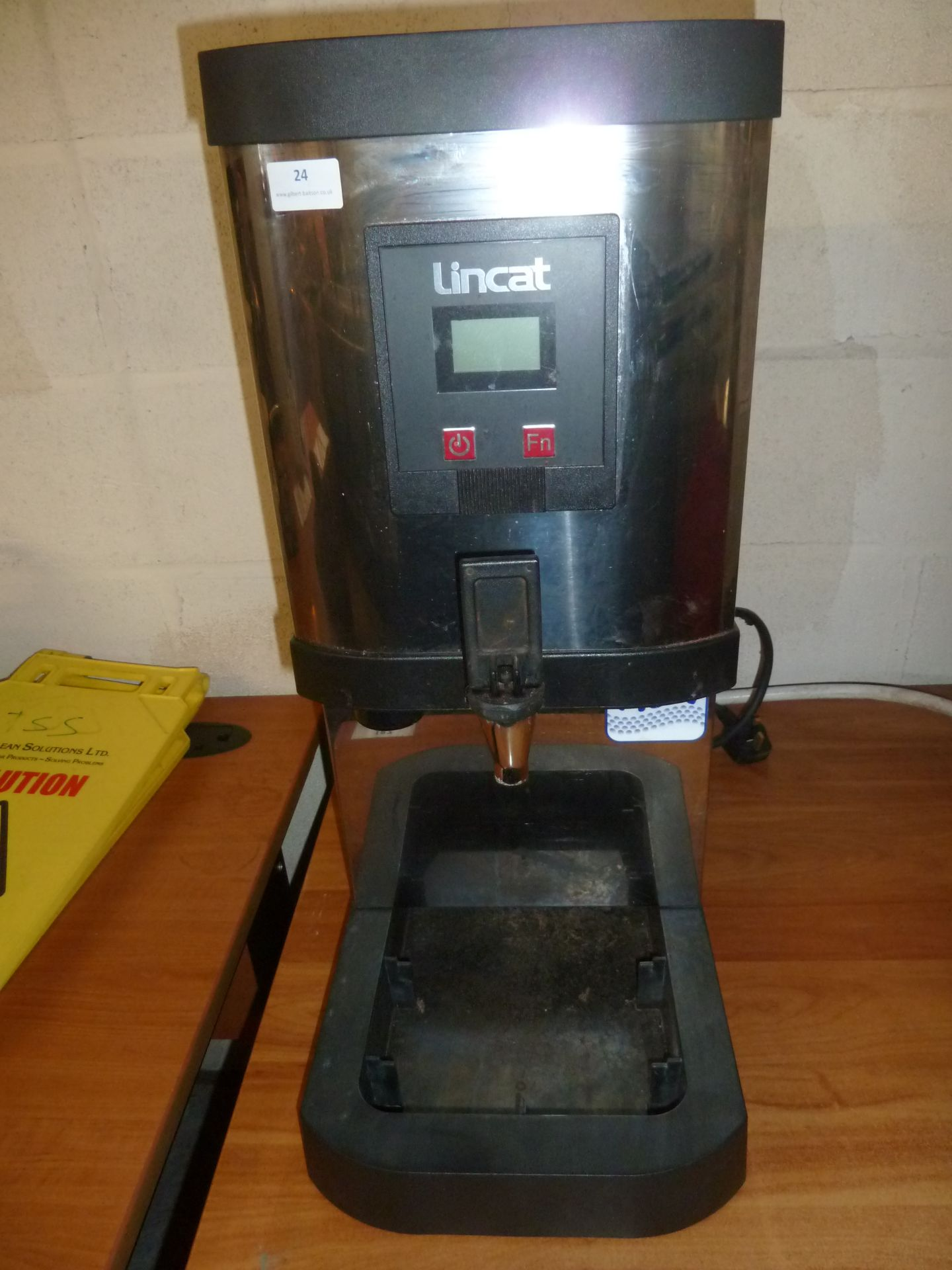 *Lincat hot water boiler 280w x 460d x 660h