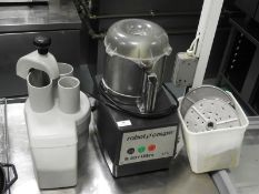 *Robot Coupe R301 Ultra 3.7L Processor with Attachments