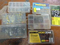 Quantity of Screws Hooks and Washers