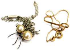 Two items of jewellery, comprising a 9ct gold box link bracelet, 1.3g, and a silver and cultured