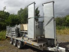 COMBI PLAN SHEEP HANDLING SYSTEM MOUNTED ON AN IFOR WILLIAMS TRAILER
