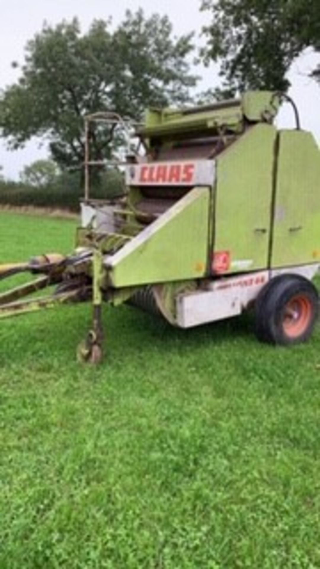 Lot 281 - CLAAS ROUND BALER ROLLEY 44 NET & STRING