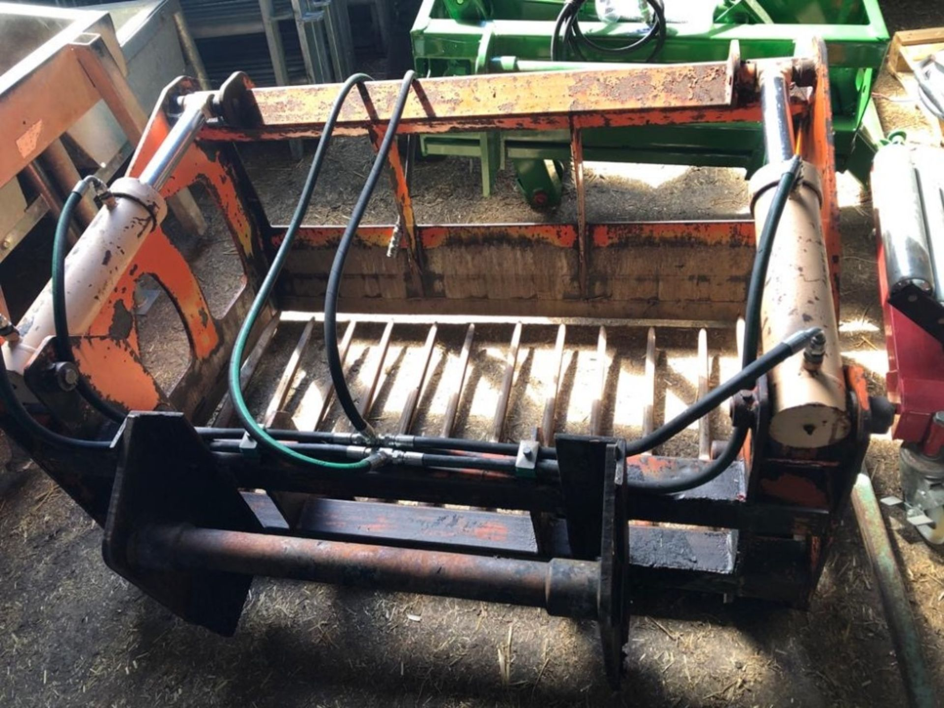 Lot 210 - PARMITER 200 SHEAR GRAB (MANITOU FITTINGS)