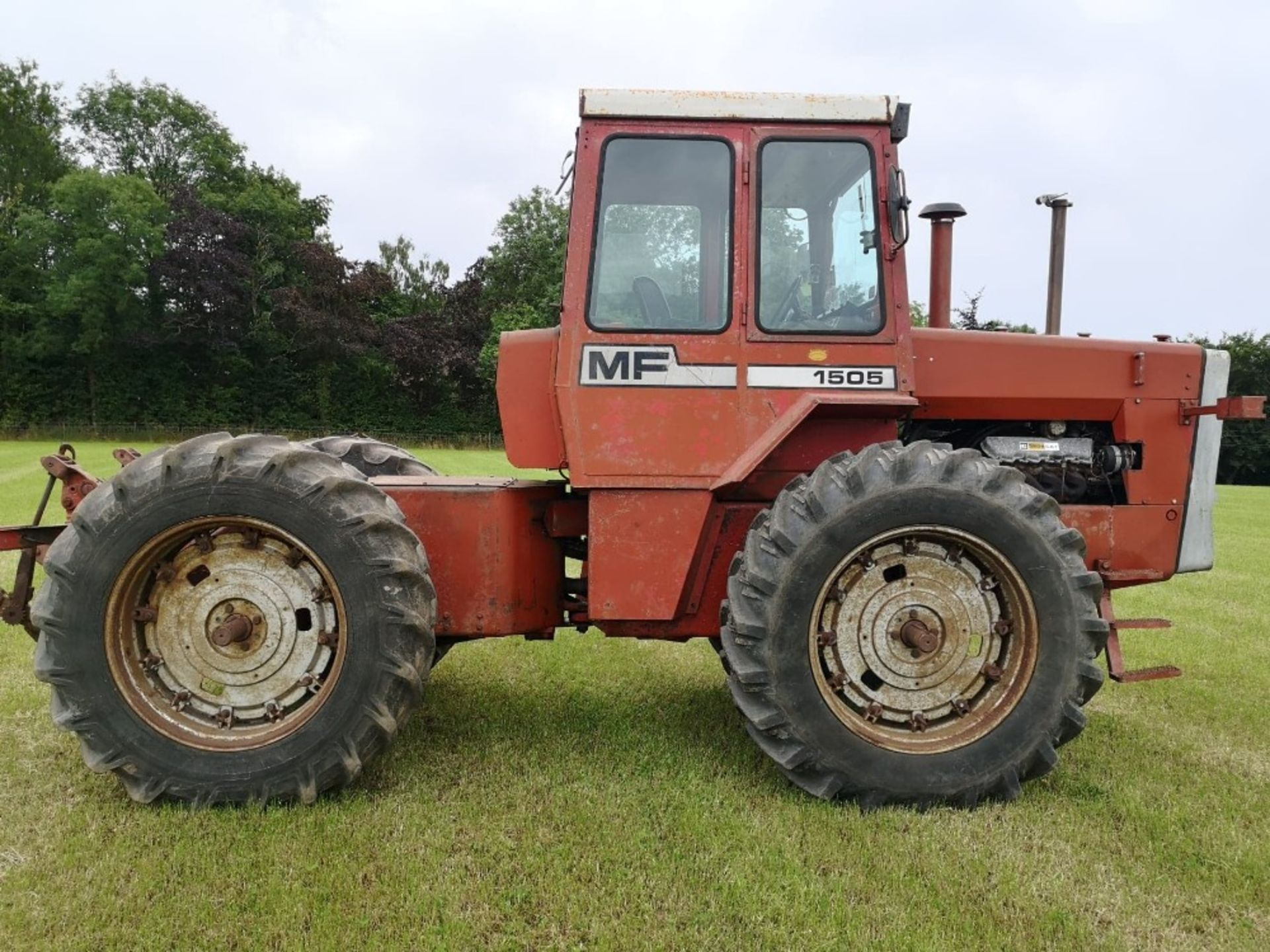 Lot 244 - MF 1505 ARTICULATED TRACTOR 180hp V8 ENGINE 1972 ROPS MODEL 1831 SEB 683S 5099 HOURS * NO VAT ON