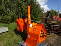 TIMBERWOLF 6 INCH PTO CHIPPER C/W PTO 2 SETS OF BLADES