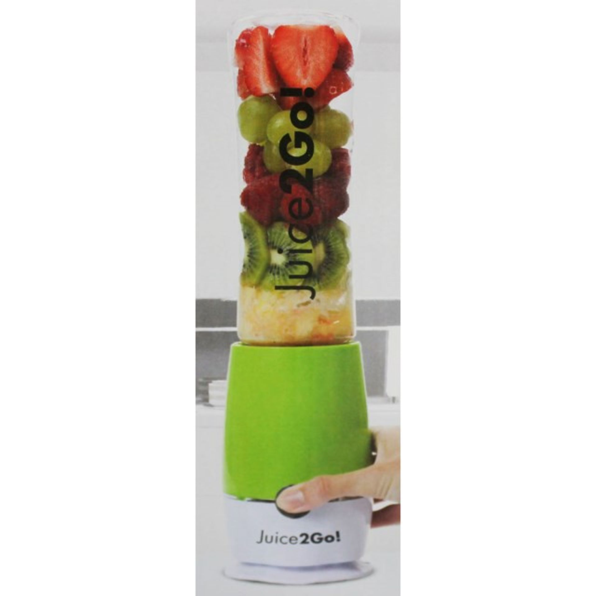 Lot 10010 - V Brand New Juice To Go! Electric Juicer With Sports Bottle - Wide Spout - Dishwasher Safe - Ice