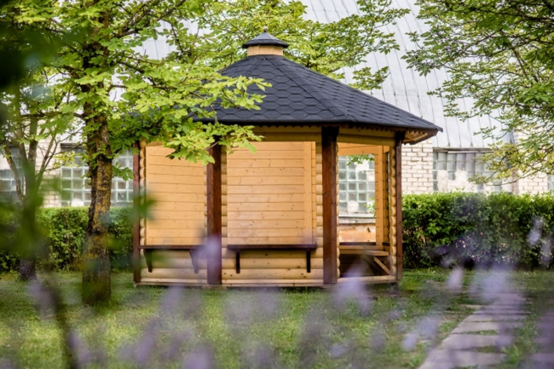 Lot 18059 - V Brand New 9.9m sq Spruce Open Gazebo Pavilion - 8 Corner - 3 Closed Walls - Holds 8-15 People