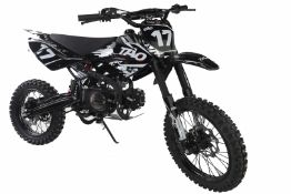 + VAT Brand New 125cc USA Motocross Dirt Bike - Kick Start - Air Cooled - 4 Stroke - Full