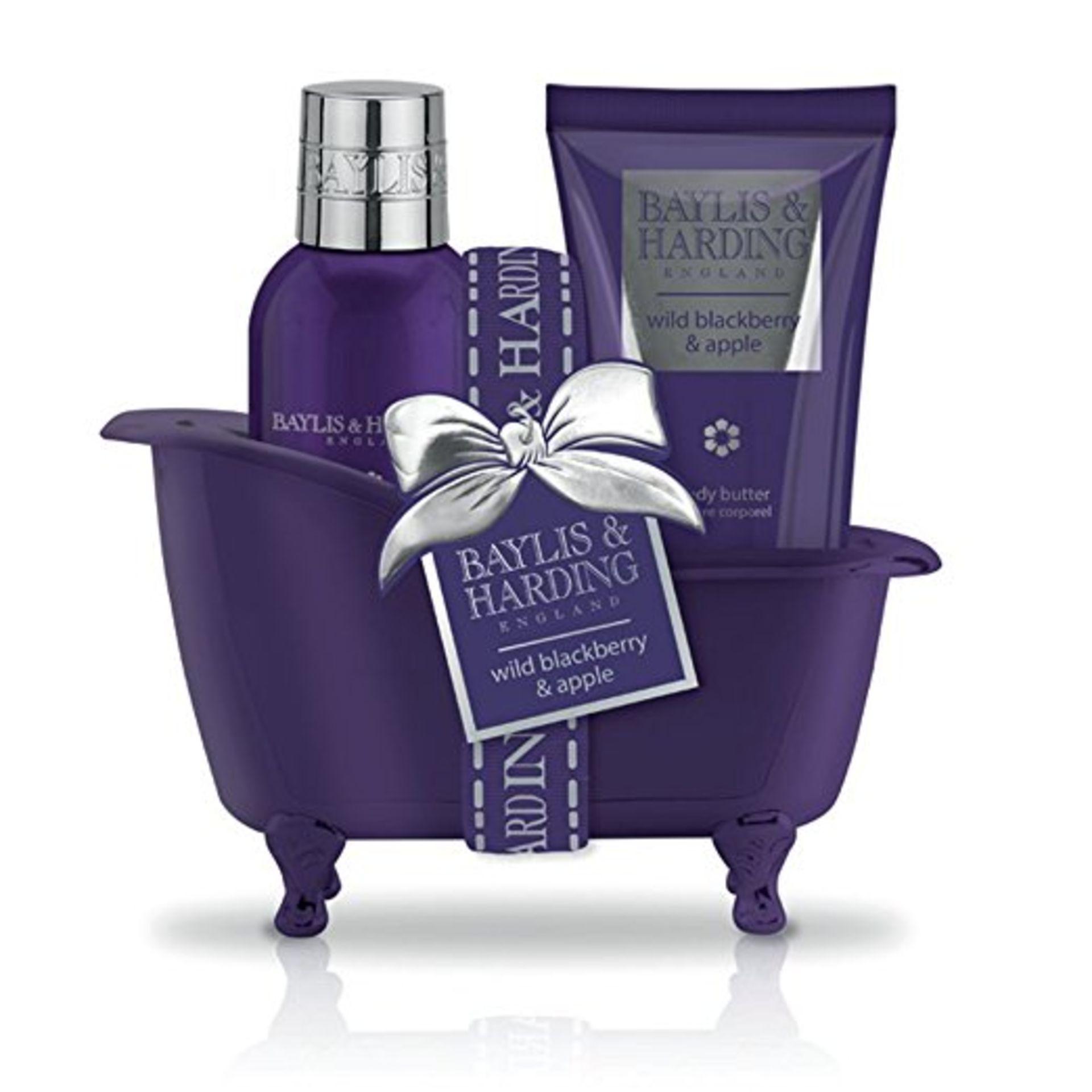 + VAT Brand New Baylis & Harding Wild Blackberry & Apple Bath Set - Image 2 of 2