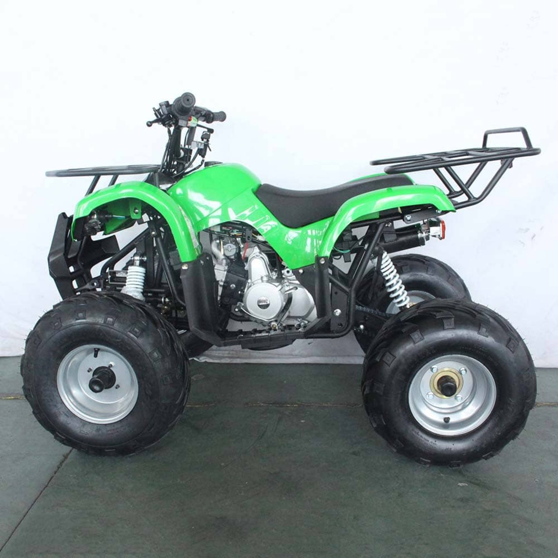 + VAT Brand New 125cc Condor Quad Bike - Four Stroke - Single Cylinder - Front Drum Brakes & Rear - Image 3 of 9