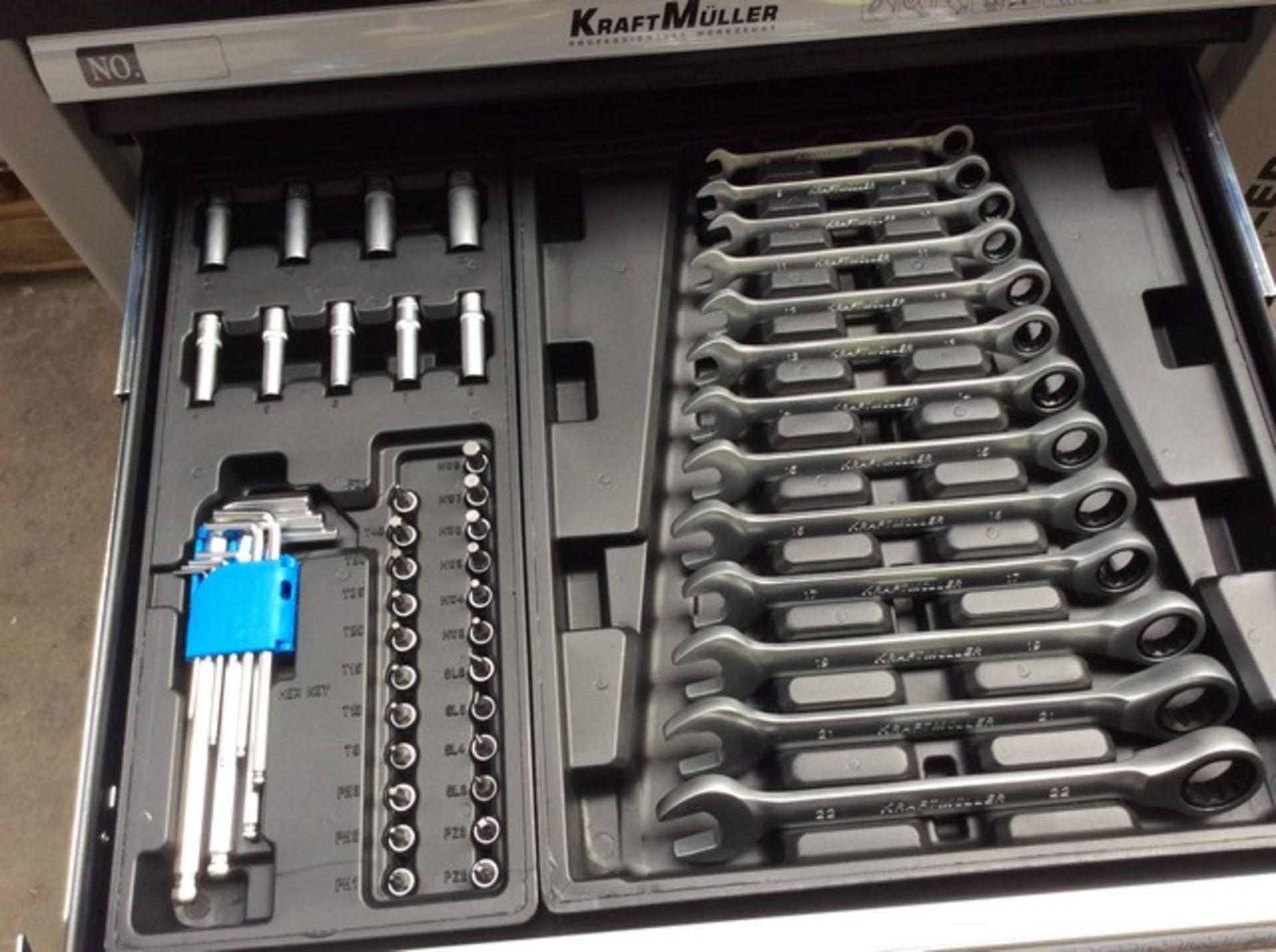+ VAT Brand New Seven Drawer Locking Garage Tool Cabinet With Lockable Castors-Seven EVA Drawers Of - Image 5 of 8