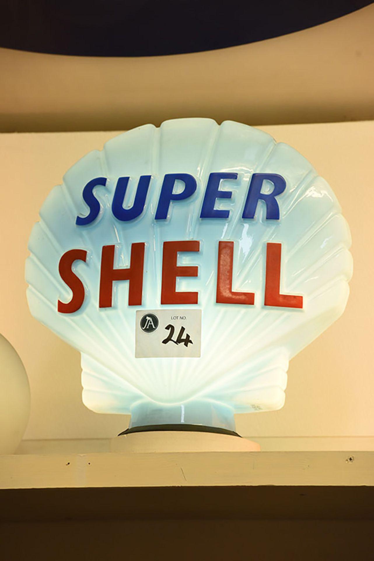 Lot 24 - Super Shell Glass Globe