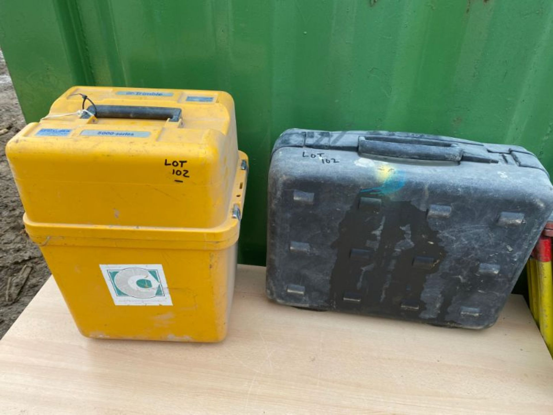Lot 102 - Trimble Direct Reflex DR200+ reflectorless robotic total station, serial no: 5131/0497: with ACU,