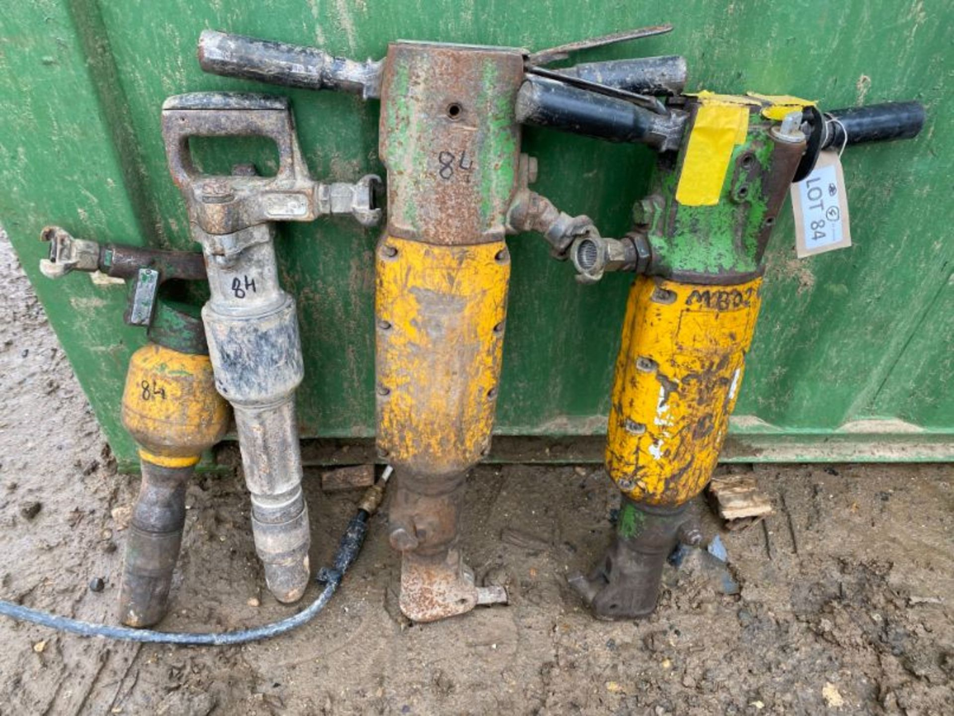 Lot 84 - Various pnuematic drills x 4, as lotted