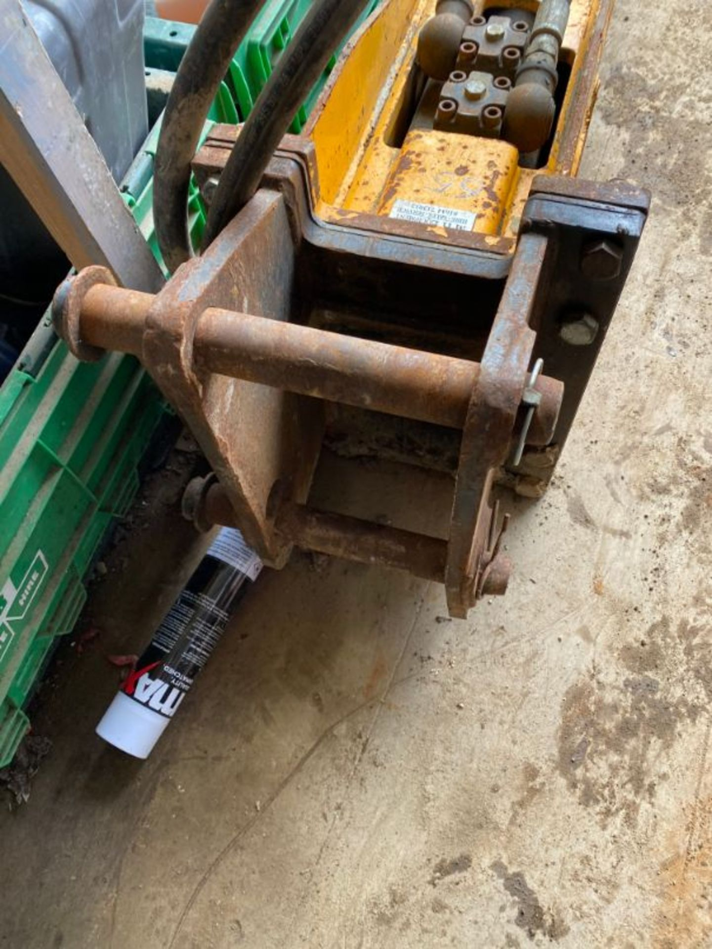 Lot 65 - Indeco HP750 hydraulic breaker attachment (purchased new in 2016)