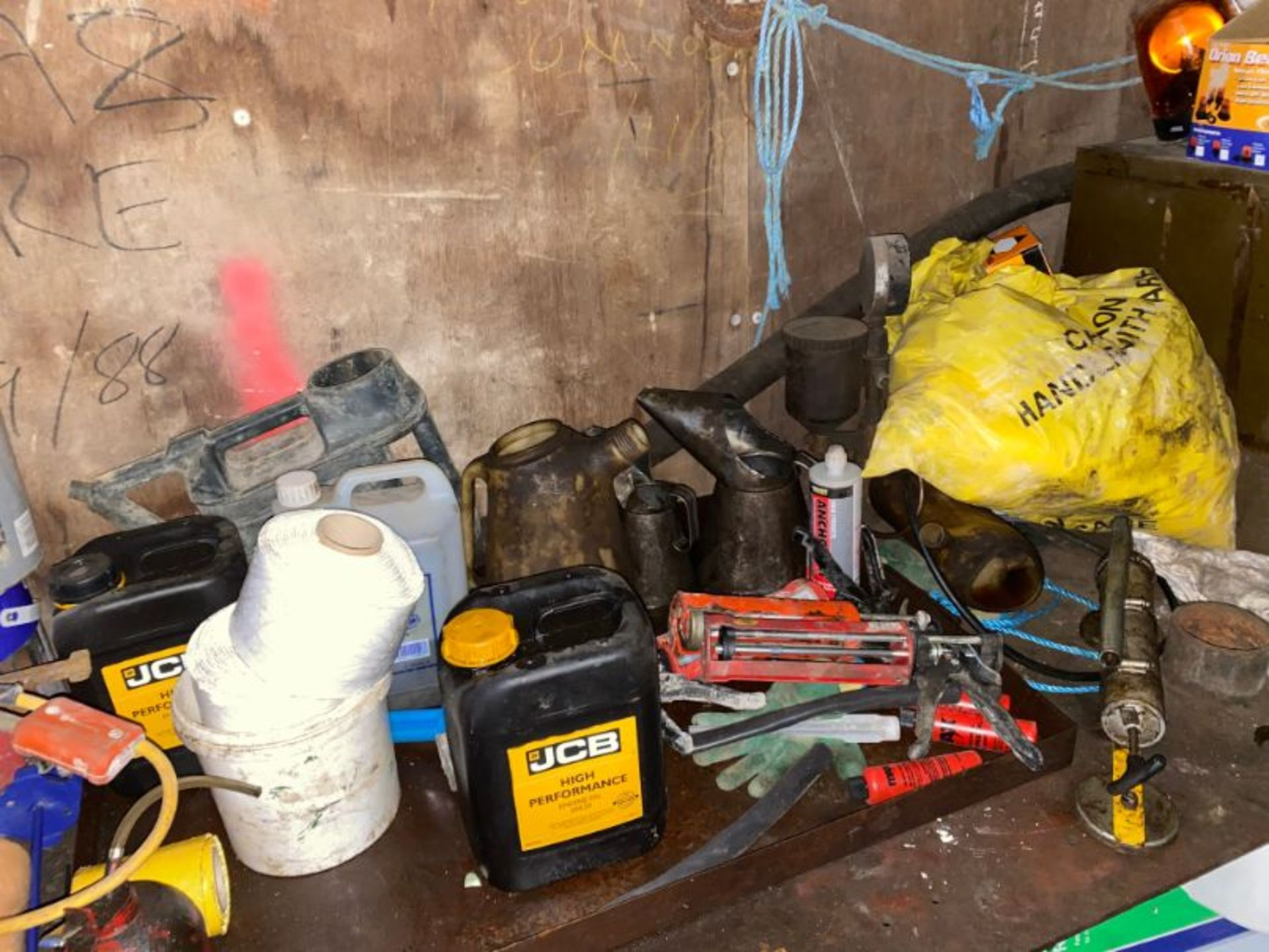 Lot 121 - Contents of container as lotted including: welding sets, fixings, lifting tackle (certification