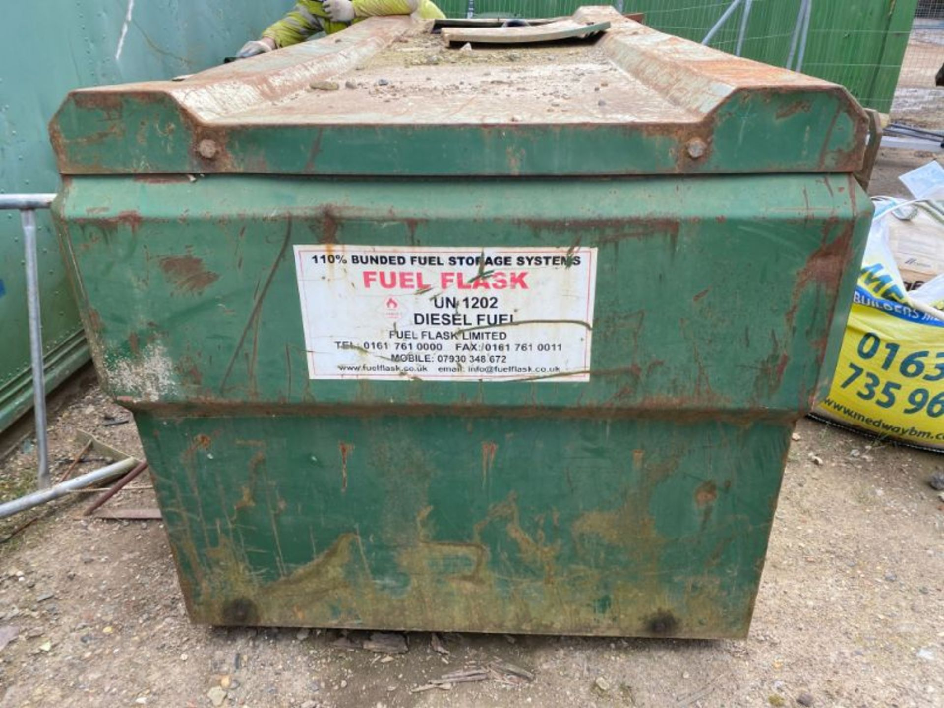 Lot 54 - Fuel Flask 2,500 litre steel fabricated bunded diesel tank with stirrup pump and gun