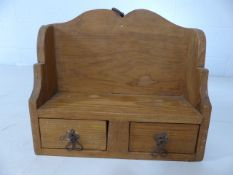 Small pine decorative kitchen shelving unit approx.40cm wide