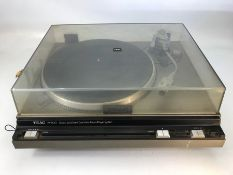 TEAC PX-500 turntable