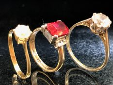 Three 9ct 375 Gold dress rings with various stones & settings