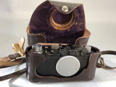 A Leica DRP Ernst Leitz Wetzler camera no.90184 (A/F)