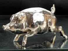 """Silver hallmarked 0.925 pig pill box maker """"BM"""""""