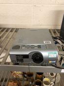 Projector MITSUBISHI XL1U