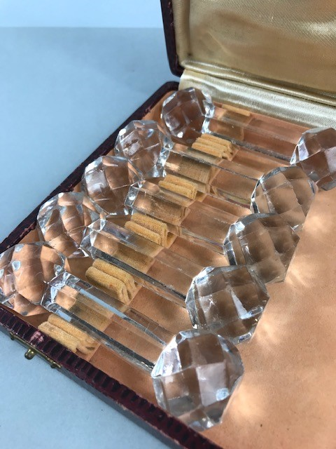 Lot 12 - Boxed set of ten cut glass knife rests