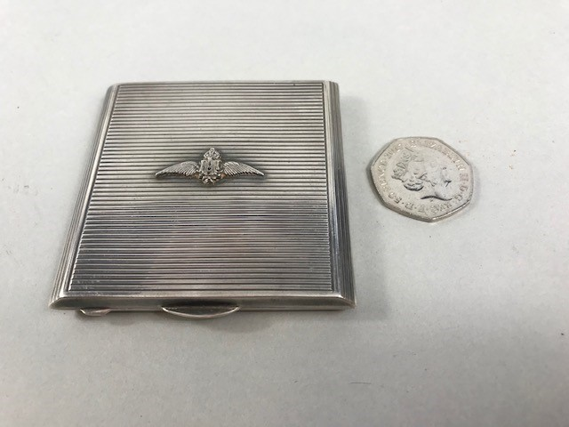 Lot 27 - Silver compact, London 1946, with RAF emblem