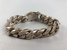 Chunky Silver bracelet the clasp marked 925 approx 158g